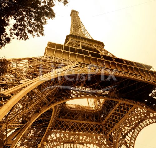 Eiffel tower – Retro style image in sepia tones - Royalty free stock photos, illustrations and 3d letters fonts
